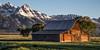 Antelope Flats (Theaterwiz) Tags: theaterwiz grandtetonsnationalpark tetons mormonrow tamoultonbarn moultonbarn mountainrange antelopeflats