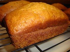 Pumpkin Bread. (dccradio) Tags: lumberton nc northcarolina robesoncounty food eat quickbread pumpkinbread fresh homemade pumpkin coolingrack cooling sweets treats