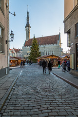 Street in Winter Medieval Tallinn (AudioClassic) Tags: street winter medievaltallinn road christmas cityhall tallinn tallinnoldtown tourism people season holydays balticcountries estonia architecture buildingexterior