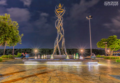 The Beacon. (Azim Taufik) Tags: triggertrap longexposure longtimeexposure lowlight slowshutterspeed nightphotography nightscape nocturnalshot flickraward rm infinitexposure outdoor skyline sky kuantan pahang malaysia canon eos arch fountain