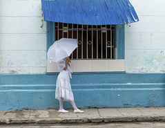 Mystery in white... (Daniel Parent) Tags: cuba places streetscenes