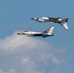 2015 Best JSOH Pictures (20) (maskirovka77) Tags: andrews f16 f22 thunderbirds airforce warbirds picks warbird stunts aerobatics afb airforcebase jsoh jointserviceopenhouse