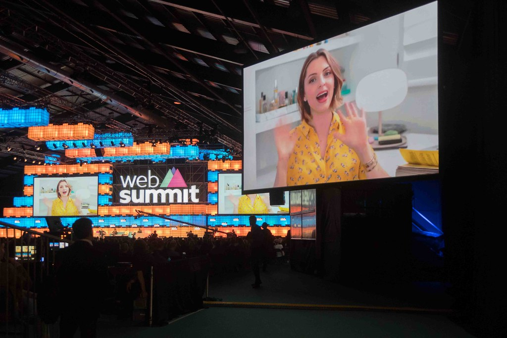THE WEB SUMMIT DAY TWO [ IMAGES AT RANDOM ]-109871
