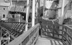 mostar (15) (Parto Domani) Tags: old bridge river war mostar bosnia fiume guerra ponte herzegovina neretva vecchio passerella turchi balcani artiglieria turco balcan croati erzegovina croato