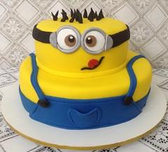 (bolos_rose) Tags: cakes cake infantil bolo bolos minions bolosrose