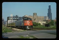 Amtrak E9A 408 Chicago, Illinois (fourhundredfleet) Tags: railroad rain skyline amtrak locomotive signal e9 408
