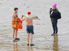 IMG_5501 (Graham  Sodhachin) Tags: swim dip broadstairs vikingbay 2016 vikingbaynewyearsdayswim