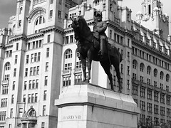 Royal Liver Building and statue of Edward VII, Liverpool Waterfront (Steve Hobson) Tags: liverpool waterfront royal liver building statue edward vii