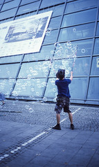 Bubbles (greendarkroom) Tags: agfact diafilm greendarkroom munichatnight mnchen oktoberfest scans wiesn2016 lights bokeh fair people sunset light black blue munich cultur germany night