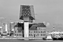Antwerp: harbour house (PIVAMA|photography) Tags: antwerp antwerpen harbour house havenhuis hoofd zetel havenbedrijf architecture architectuur building