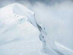 Te Heuheu, Mt Ruapehu, 2732m. (blue polaris) Tags: new zealand tongariro national park mt mount ruapehu te heuheu heu ridge volcano landscape mountain snow cloud hiking climbing