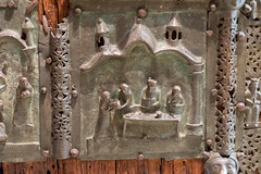 DSCF4016.jpg (Darren and Brad) Tags: italy italia verona beheaded sanzeno bronzedoors portabronzea basilicadisanzenomaggiore
