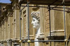 Ciudad del Vaticano (Zamana Underground) Tags: italy rome roma history italia monumento escultura vaticano historia piedra imperio imperioromano