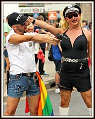 IMG_8555B TE PEGO UN TIRO? (ACCITANO) Tags: gay pride parade alicante disfraces benidorm gays lesbianas trajes levante 2015 transexuales