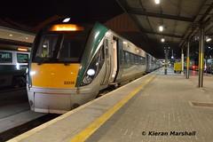 22056+22062 at Heuston, 12/10/15 (hurricanemk1c) Tags: dublin irish train rail railway trains railways irishrail rok rotem heuston 2015 icr iarnród 22000 22056 éireann iarnródéireann 3pce 2210heustonportlaoise