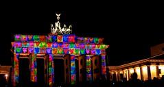 Brandenburger Tor, Pariser Platz Berlin - Festival of Lights (Andr-DD) Tags: berlin festival germany deutschland lights nightshot brandenburggate tor brandenburgertor brandenburger festivaloflights lichter nachtaufnahme pariserplatz