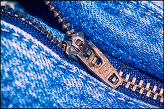 365-297 Zip! (Darren Wilkin) Tags: blue oneaday metal clothing jeans 365 cloth zip ykk fastener