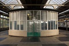 Amsterdam - Amstelstation (grotevriendelijkereus) Tags: city holland netherlands station amsterdam train capital rail railway nederlands trein spoor noord hoofdstad