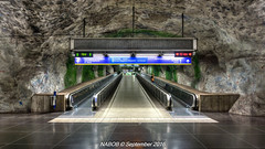 Stockholm, Sweden: Fridhemsplan Station, Lines T-10 & T-11 (Blue) (nabobswims) Tags: escalator fridhemsplan hdr highdynamicrange lightroom linet10 linet11 metro nabob nabobswims photomatix se sl sonya6000 station stockholm subway sweden tbana tunnelbana ubahn stockholmiän