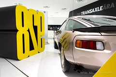 Porsche 928 S - 1979 (Perico001) Tags: auto automobil automobile automobiles car voiture vehicle vhicule wagen pkw automotive ausstellung exhibition exposition expo verkehrausstellung autoshow autosalon motorshow carshow muse museum museo automuseum trafficmuseum verkehrsmuseum museautomobile duitsland germany deutschland allemange nikon df 2016 porsche ferdinandporsche zuffenhausen stuttgart oldtimer classic klassiker 928 928s 1979 v8 coup