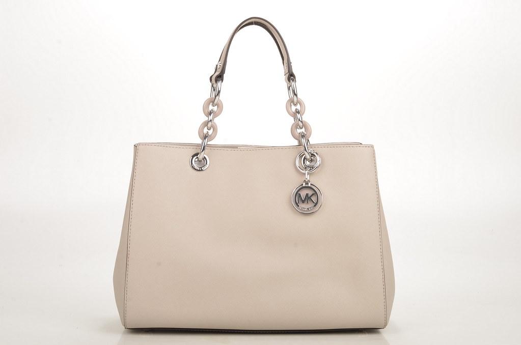 4dedbb21c5720 Michael Kors Cynthia MD Satchel Handtasche Saffiano Kalbsleder beige  (cement) (1) (