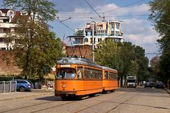 Dwag-Zug 4213/4283 zwischen den Haltestellen 'ul. Odrin' und 'ul. D. Petkov' (Frederik Buchleitner) Tags: 213 283 4213 4283 bulgaria bulgarien blgariya duewag dwag grosraumwagen grosraumzug linie22 sofia stolitschenelektrotransportag strasenbahn streetcar t4 tram trambahn vierachser tramvai     sofiacity blgariya dwag groraumwagen groraumzug straenbahn tramvai