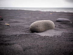 Black Sand and Rock (TheSimonBarrett) Tags: iceland lýðveldið ísland beach vik