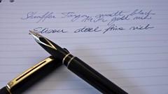Sheaffer Targa Fountain Pen (usk15) Tags: sheaffer targa fountain pen photography pens fountainpen finenib inlaid nib ink island channelisland channel jersey sthelier indoor matte black gold refill