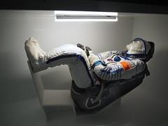 Raumanzug im Sojus-Sitz