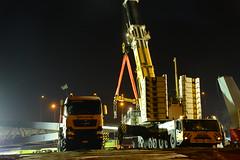 New pedestrian bridge DST_4083 (larry_antwerp) Tags: antwerpenmobiel ijzerlaan voetgangersbrug fietsbrug albertkanaal merksem aertssen besix antwerp antwerpen       port        belgium belgi          terex ac5002 kraan crane man truck vrachtwagen