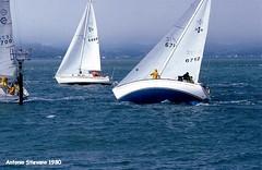 1980 Usa San Francisco - Marina - regata (antosti) Tags: california usa ex marina canon san francisco barca nuvole mare persone cielo paesaggio onde regata foschia vele ql imbarcazioni scafi