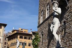 Koons VS Michelangelo (Matteo Bimonte) Tags: art florence arte tuscany firenze pluto toscana koons jeffkoons proserpina scultura
