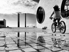 Champalimaud (António Alfarroba) Tags: lisboa lisbon bicicleta lissabon lisbonne bycicle iphone champalimaud