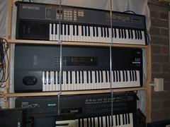 LP158674 (LoxPix2) Tags: boss music studio guitar fender synth roland korg yamaha emu gibson akai novation alesis kawai maudio behringer kurzweil teisco ensoniq tapco rogerlinn loxpix