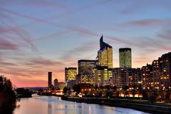 Twilight over La Défense (Sizun Eye) Tags: paris twilight nikon dusk lee d750 filters tamron ladéfense seineriver 2470mm gnd nd09 graduatedneutraldensity leefilters gnd09soft