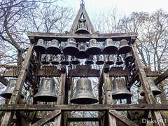 Carillon de la chapelle Notre-Dame-de-Grce Honfleur (Dicksy93) Tags: camera france digital europe outdoor 14 chapel olympus des 24 honfleur extrieur chapelle carillon religieux sanctuaire bassenormandie culte cloches tg3 notredamedegrce baiedeseine calavados dicksy93 plrinages equemauville pb270137