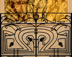 Le feu au balcon - Fire on balcony (p.franche) Tags: light sunset brussels urban blur reflection iron europe belgium belgique lumire balcony bruxelles panasonic reflet dxo brussel reflexion balcon hdr schaarbeek schaerbeek coucherdesoleil belge ferforg fz200 pascalfranche pfranche
