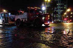"""El Gaviln"" (picsfromsomewhere) Tags: montevideo uruguay truck bynight night rain lights reflection street"