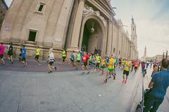 2016-09-25 09.16.44 (Atrapa tu foto) Tags: 8mm espaa europa europe maratondezaragoza saragossa spain xmaratnciudaddezaragoza zaragoza ateltismo atletics carrera corredores deporte fisheye marathon maraton maratn ojodepez runners running sport aragon es