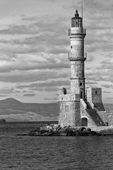 Chania_16_18112016-1152 (john houv) Tags: chania crete mediterranean oldharbour oldharbor lighthouse reflection