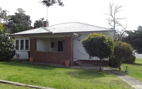93 Merivale Street, Tumut NSW 2720