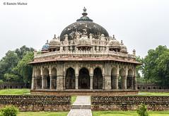 DSC5585 Tumba de Masnad Ali Isa Khan, 1547-48, Delhi (Ramón Muñoz - ARTE) Tags: delhi india mausoleo tumba de masnad ali isa khan
