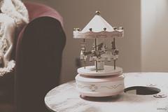 Futurs parents & Grossesse (Weblody) (Weblody) Tags: chambre bébé romantique boite musique bohème rétro rose chocolat douceur simplicité cheval naissance fille maternité maman vintage