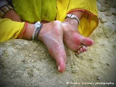 HINGLAJ PILGRIMAGE 2016 (Bashir Osman) Tags: hinglaj hinglajmata hinglajyatra devotees stopover rituals puja pakistaniculture culturallife hindu pakistanihindus hindureligion hindusinpakistan baluchistan teerathasthan people asapur dharamshala yatri seva nanitemple nanimandir nani sevamundal bhandara drinkingwater water hindutemple  pakistan   pakistna    pakistanas  paquisto  pakistn travelpakistan aboutpakistan balochistan bashirosman bashir bashirusman bashirosmansphotography peopleandplaces tradition traditionalcelebration pakistaniethnicity pakistani ethnicity minoritiesinpakistan barefoot foot anklet
