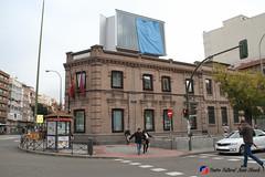 "Donación de libros de Juan Bosch al Centro Juvenil Chamberí (Madrid) • <a style=""font-size:0.8em;"" href=""http://www.flickr.com/photos/136092263@N07/31039008840/"" target=""_blank"">View on Flickr</a>"