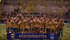 DSC_1576 lagbilde LSK Kvinner jubel (karlsenfoto) Tags: cupfinale kvinner lsk ra 19112016 telenor arena
