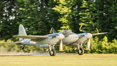 Landing Copilot See's The Photographer (4myrrh1) Tags: flight flying flyingprom pungo virginia va virginiabeach military militaryaviationmuseum fighterfactory ww2 wwii british mosquito twin engine grassstrip canon ef100400l 7dii aircraft airplane aviation airshow airport