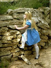 Alice in wonderland (leeora08) Tags: cosplay alice disney wonderland aliceinwonderland dualstarcosplay