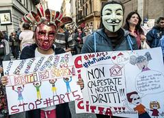 Manifestazione dei movimenti per il diritto all'abitare (Patrizia Cortellessa) Tags: roma casa bambini manifestazione diritto movimenti