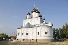 001. Patron Saints Day at the Cathedral of Svyatogorsk / Престольный праздник в соборе Святогорска